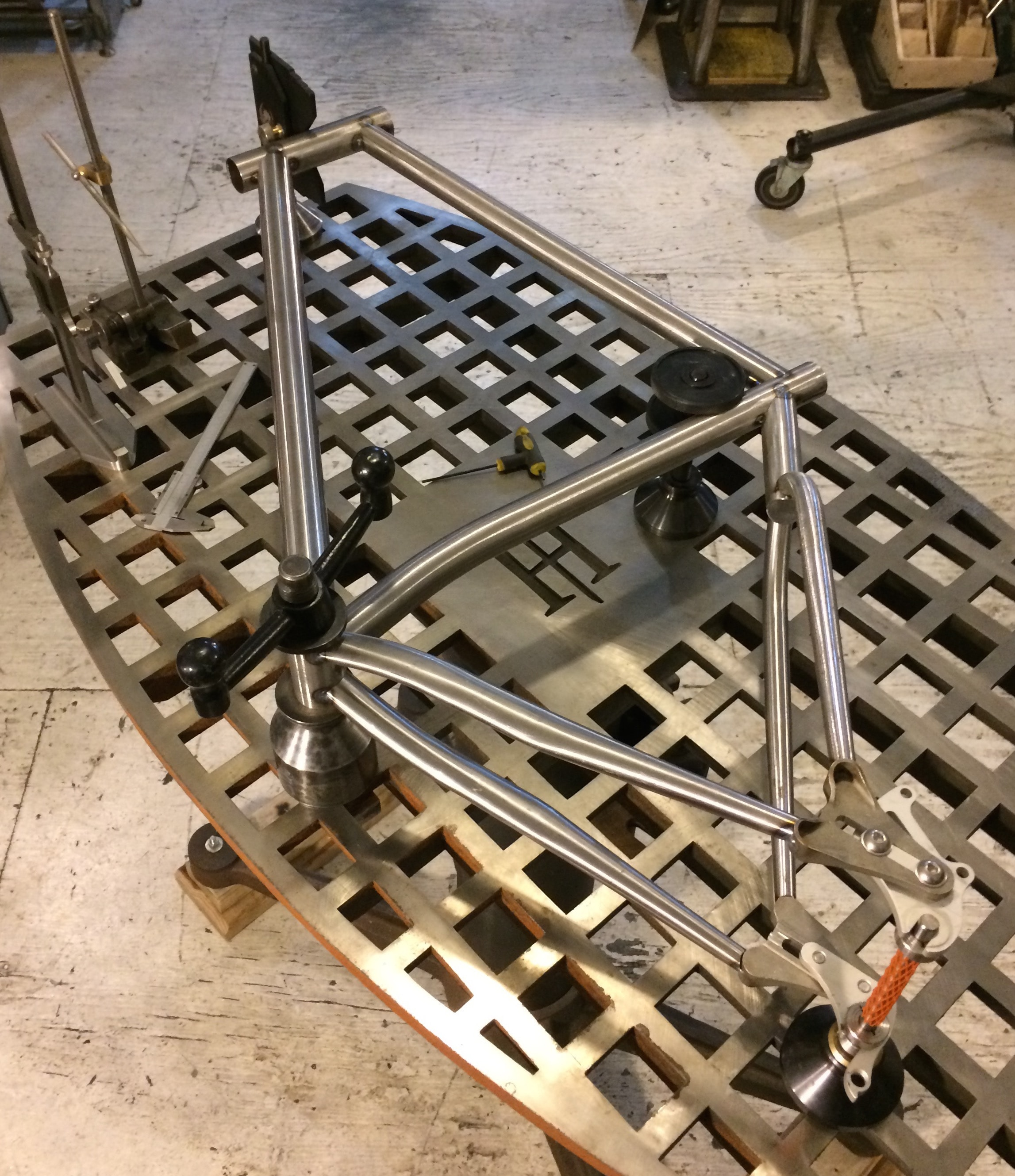 Alignment table, frame check, surface plate